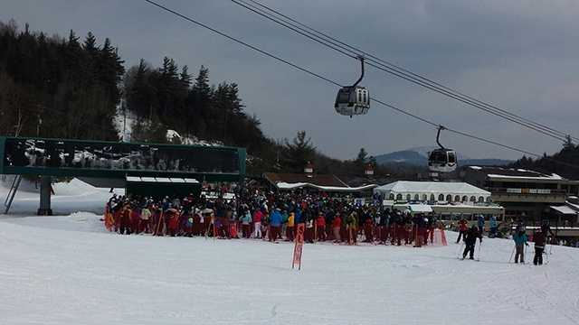 Warmer weather bring crowds of skiers to Whiteface Mountain