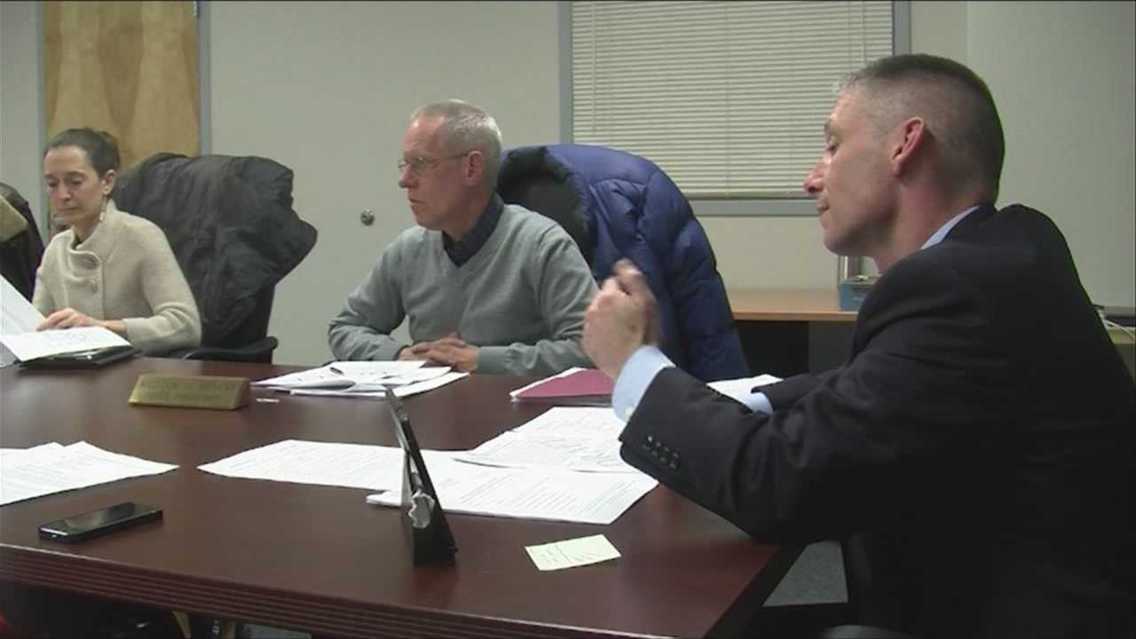 Police chief, commission talk mental health