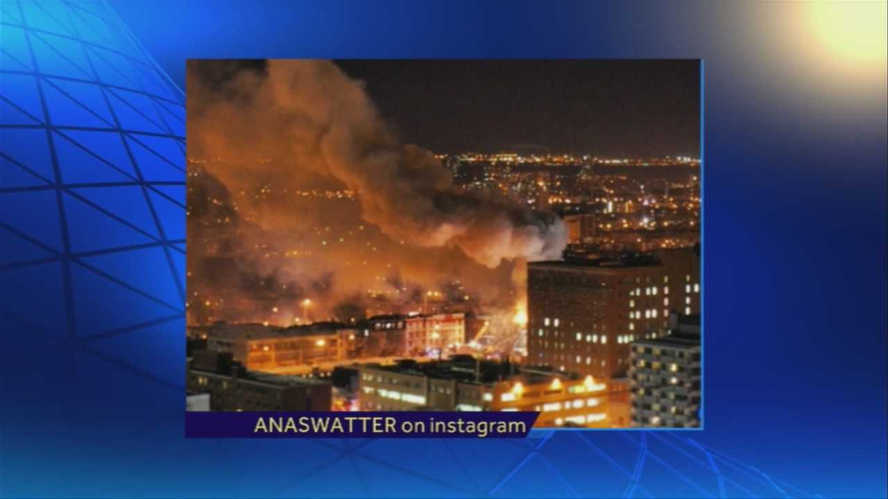 img-Fire burns building in downtown Montreal
