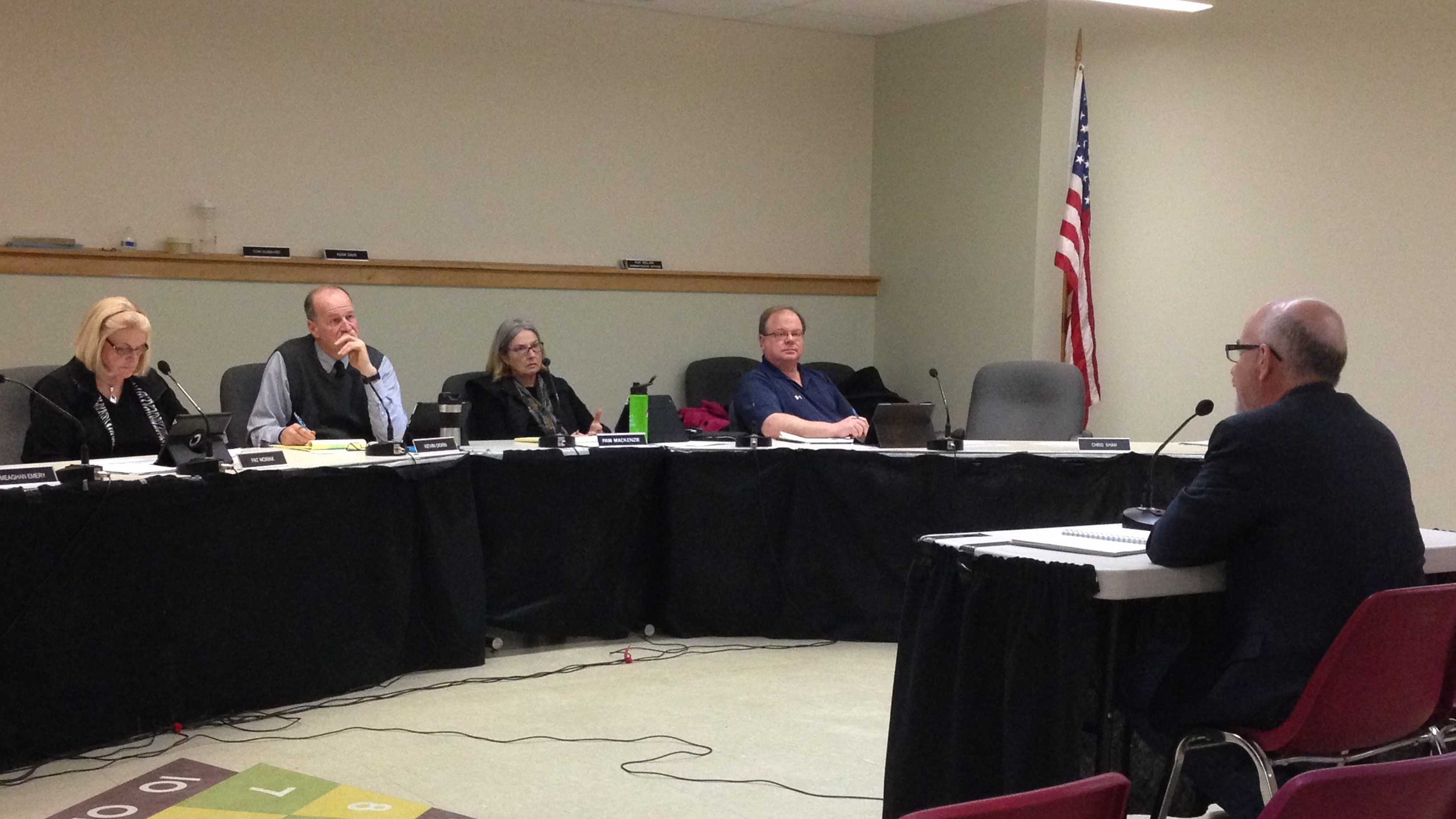 CCTA board member Steve Magowan briefed members of the South Burlington city council Saturday.
