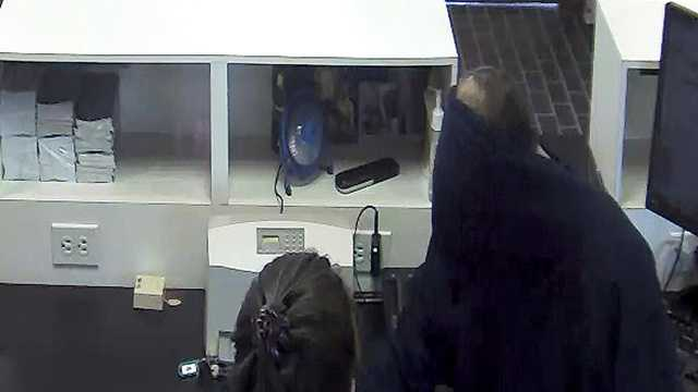 Police: Bank robbed in Swanton