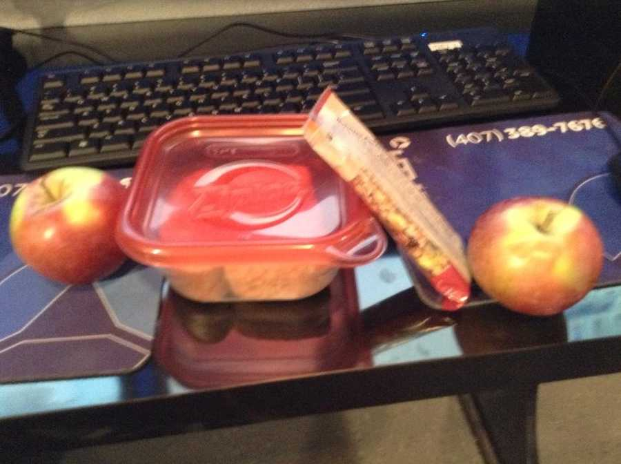 A simple lunch for meteorologist John Hickey.