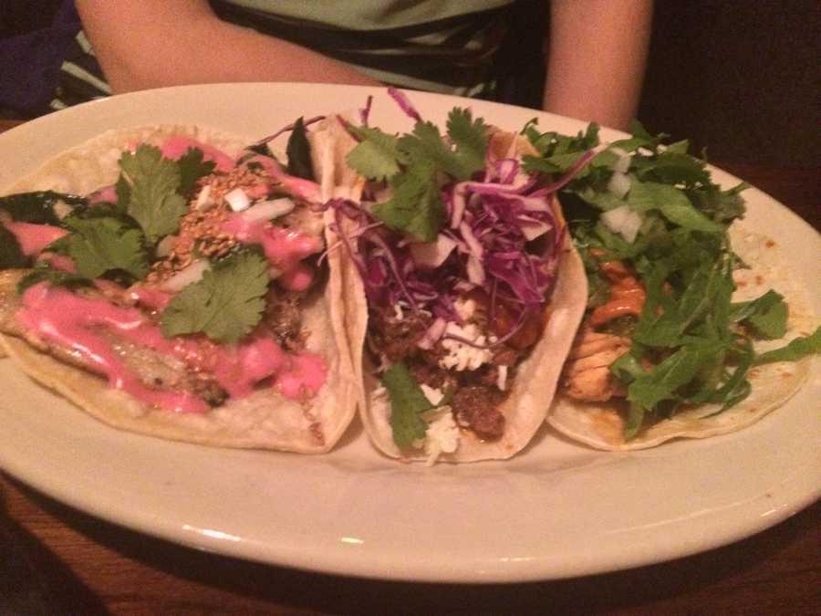 Three taco plate, El cortijo, Burlington