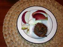 Alison baked a homemade sweet potato and five spice buckwheat muffin and served it with an apple from Rulf's Orchard in Peru, New York.