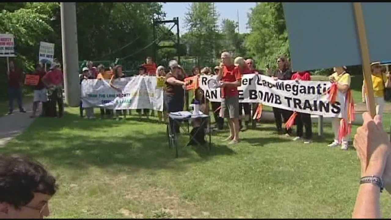 7-6-14 Oil Train Protest - img