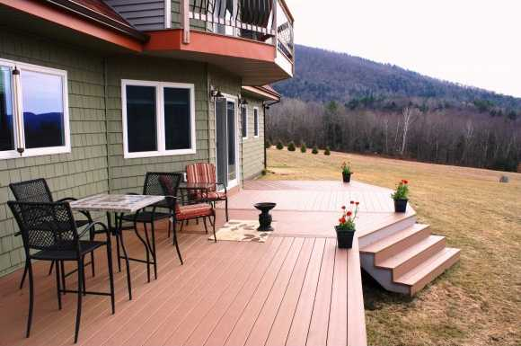 Uncovered patio deck has an incredible view.
