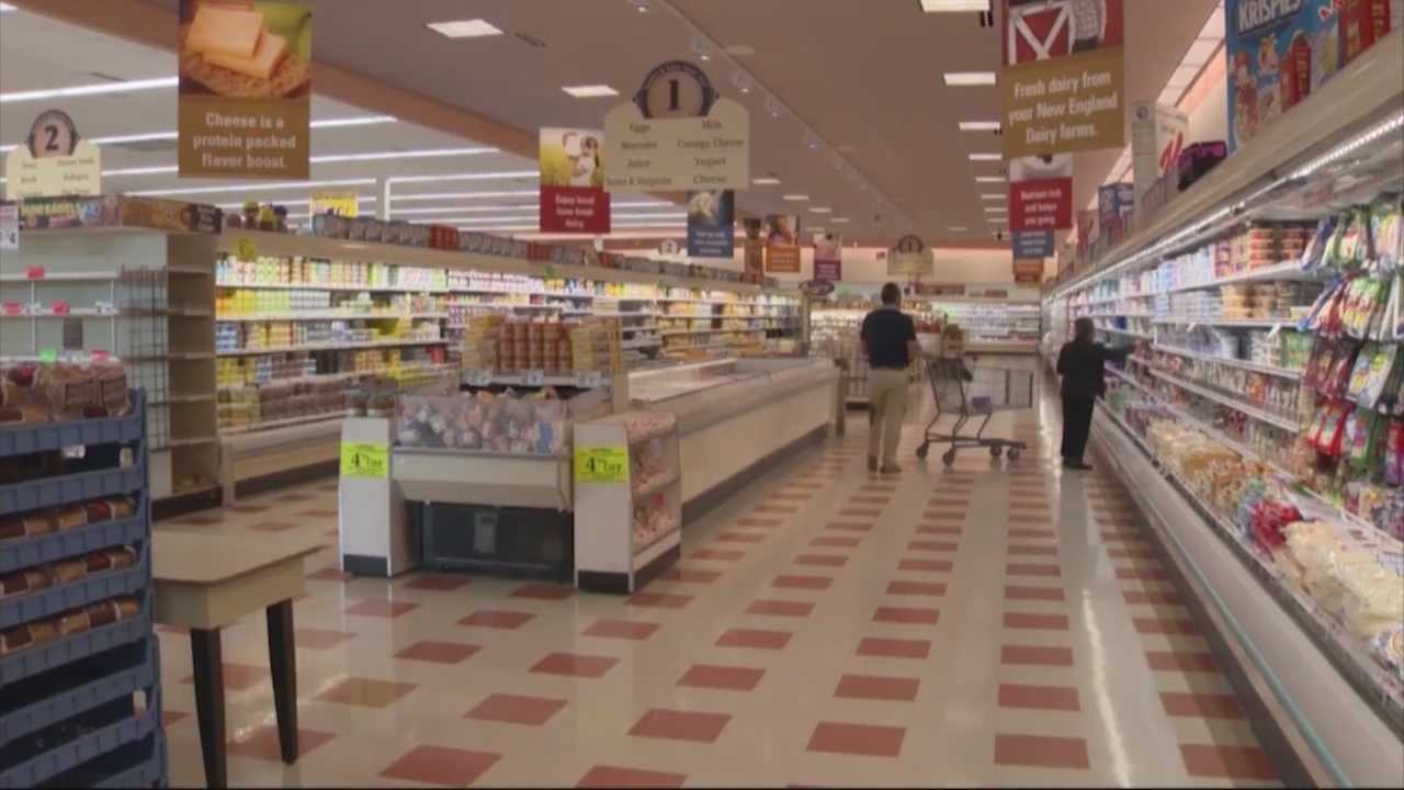 Deal to sell Market Basket to Arthur T. Demoulas has been signed