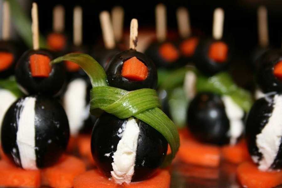 I'm a total foodie… In my free time I love to bake, try new foods or hit up local farmer's markets. Look at these cute penguins I made for a Christmas party!
