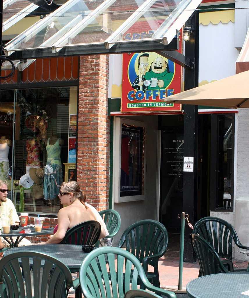Speeder and Earl's Coffee in Burlington, VT