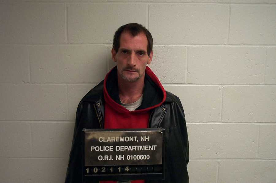 Shawn A Simoneau, age 38 of School Street, Claremont, NHArrested on 10/21/2014 on 2 counts of Sale of Controlled Drugs