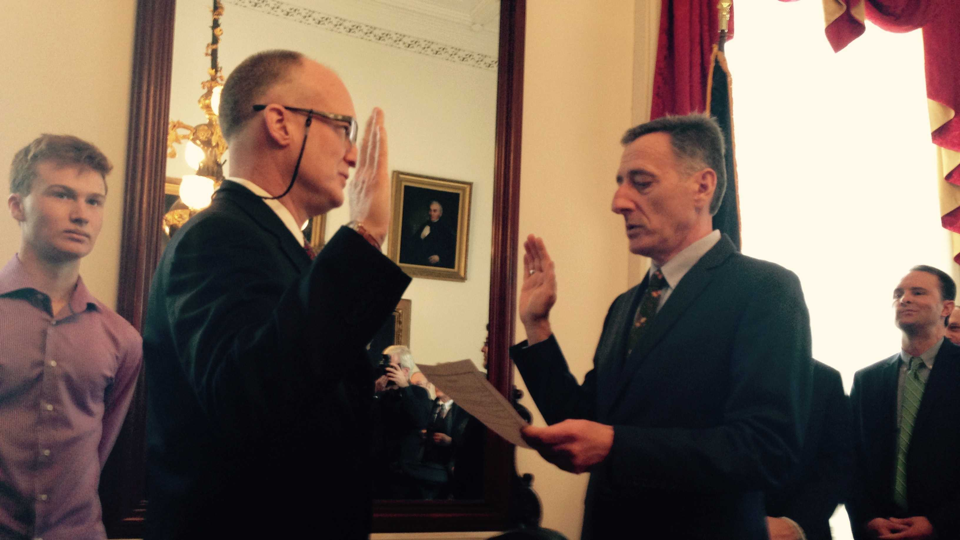 Gov. Peter Shumlin administers the oath to Washington County State's Attorney Scott Williams.