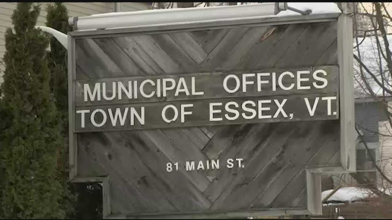 Monday night, Essex residents learned more about Article 5 on the ballot. It asks whether the town should use up to $800,000 in general obligation bonds to fix up offices at 81 Main Street.