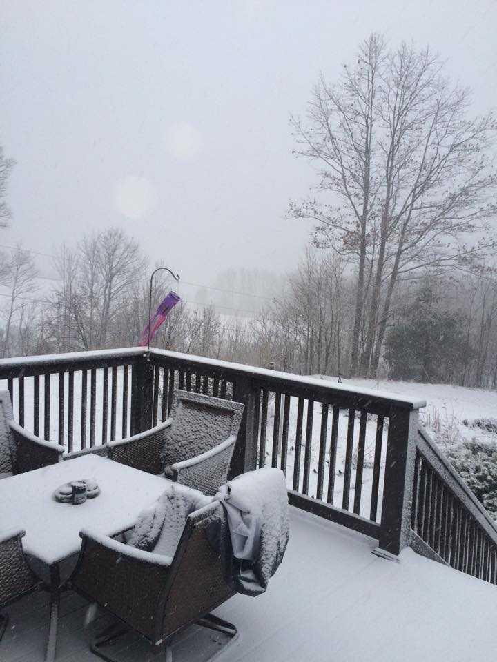 Thanks Dominique for this snow deck shot