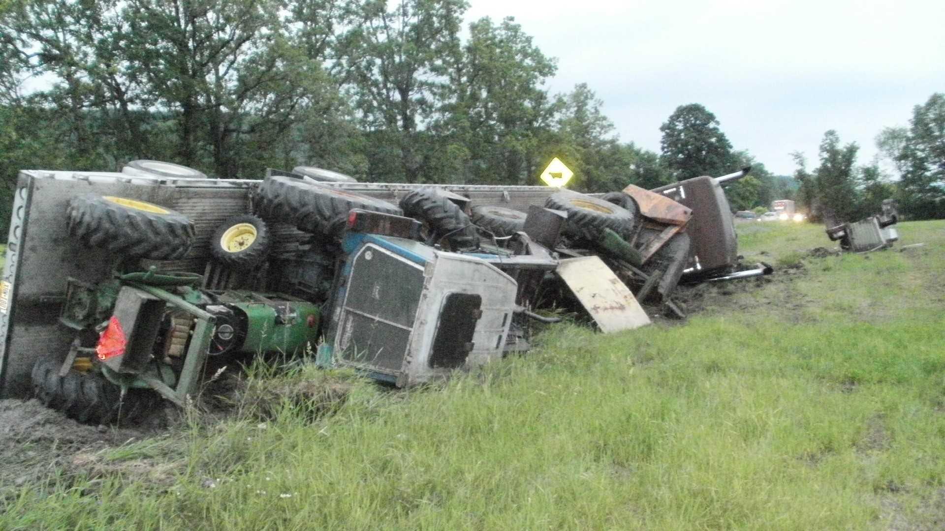Man uninjured after tractor-trailer crash in Benson, Vt.