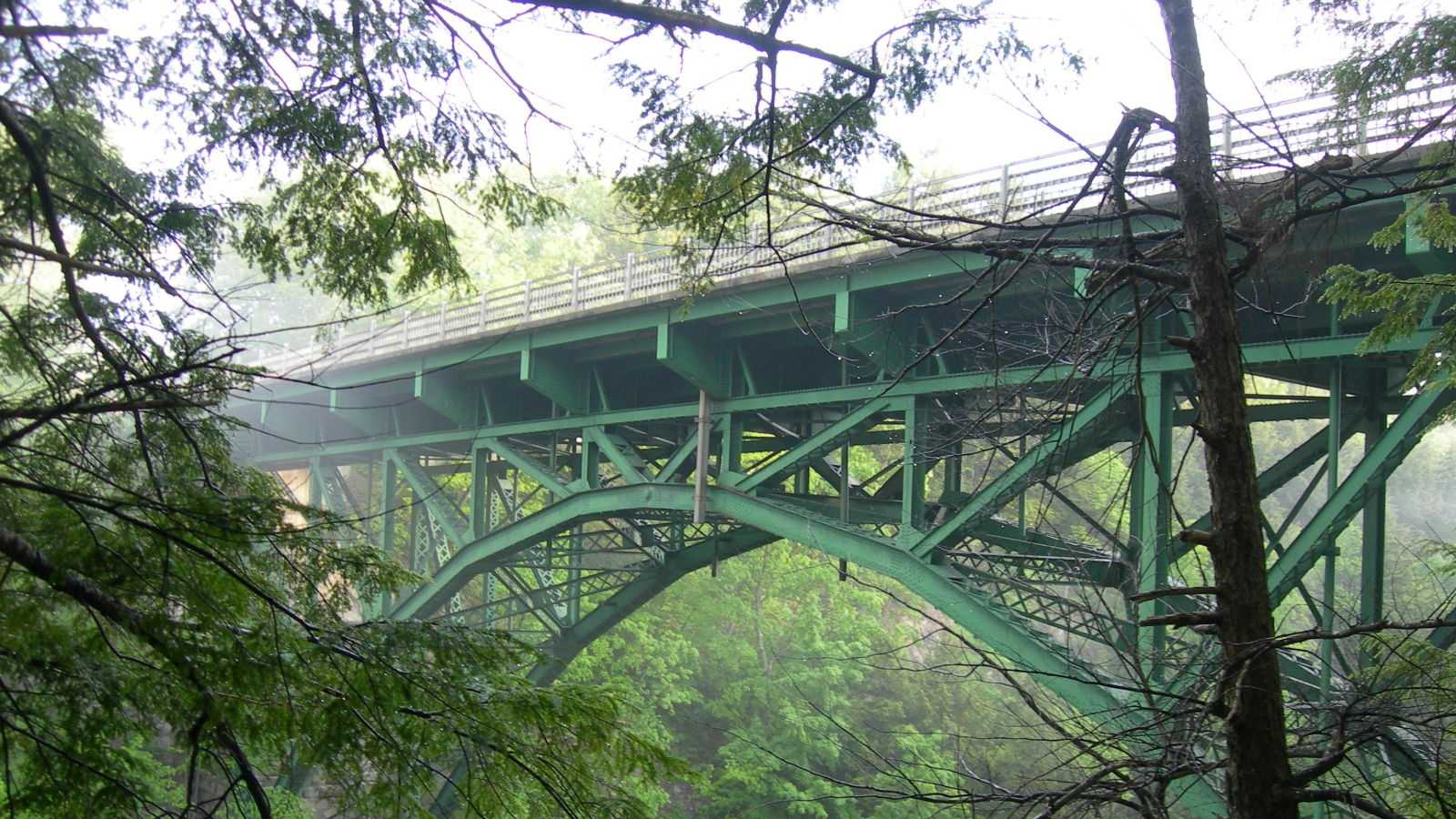 The 285-foot bridge spanning Quechee Gorge.
