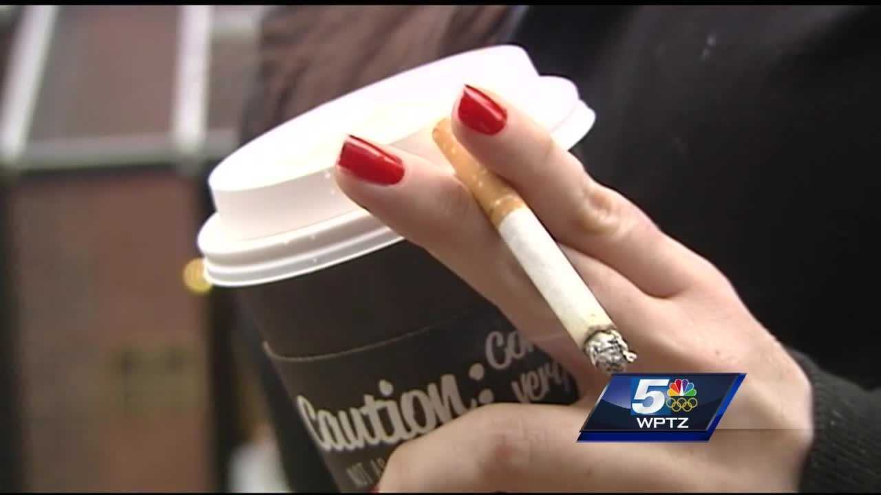 Vermont considers raising tobacco purchase age to 21