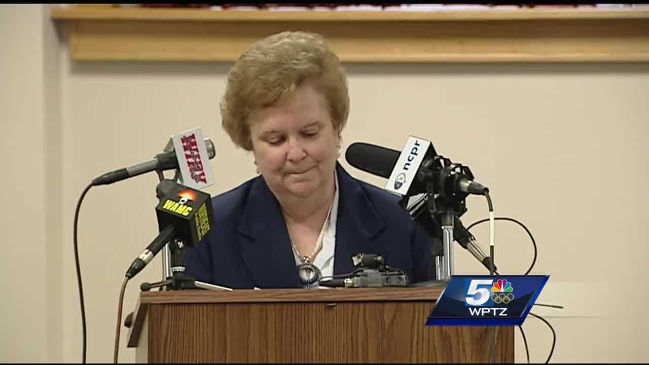Janet Duprey announces her retirement.