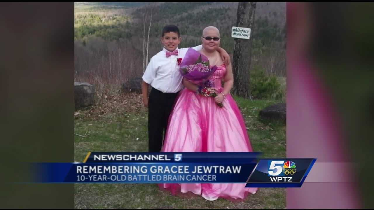 10-year-old Gracee Jewtraw lost her battle with brain cancer on Friday.