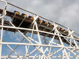The ride reaches speeds of 45 mph. Riders are given the impression that they will be thrown free of the train.
