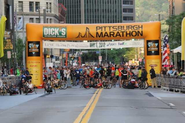 A look at the start line around :15 minutes before race time.