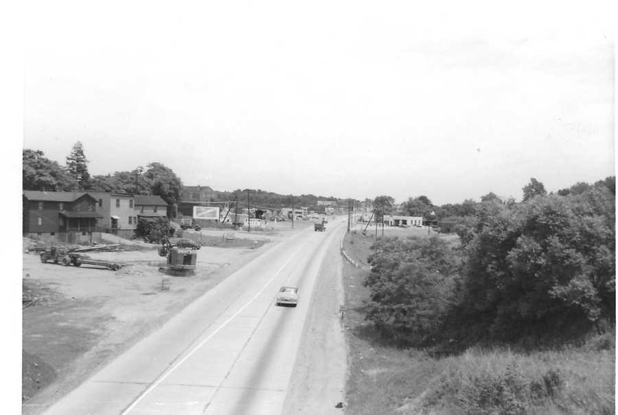 Route 22 east from the Northern Pike overpass in 1950.