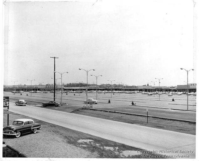 1954 - The Miracle Mile opens. One of the pioneering strip malls in the country.
