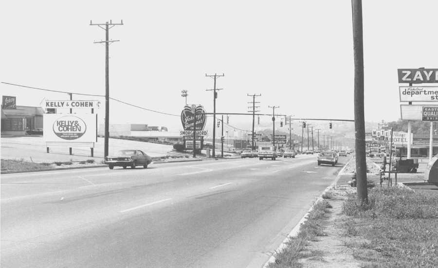 1970s - Johnny Garneau's on Route 22