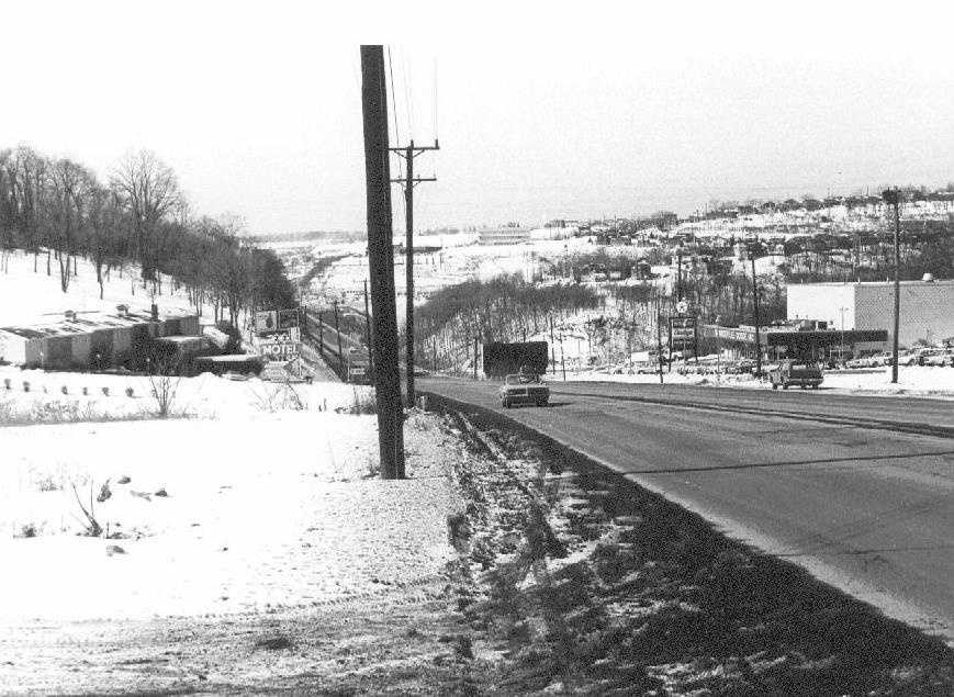 1960 - Route 22 looking west (with Luzader's 22 Motel on the left).