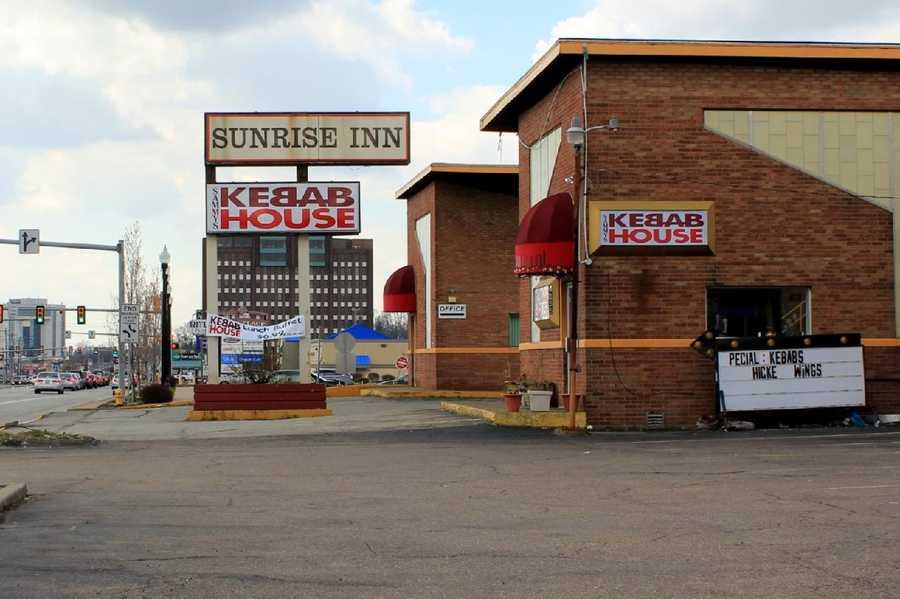 2012 - Now, the Sunrise Inn motel, with a restaurant inside.