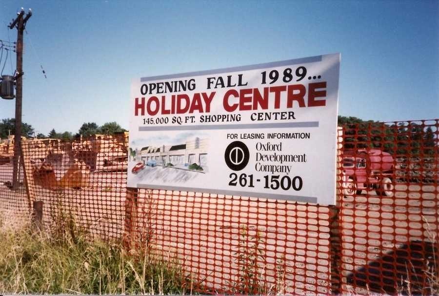 1989 - The Holiday House closed in 1989 to make way for the newest strip mall along Route 22.