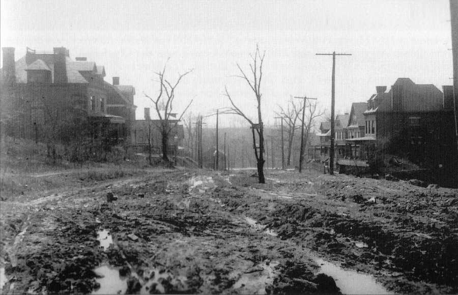 """April 1909: Residential development along Fair Oaks Avenue between South Negley Avenue and Wilkins Avenue on the north side of Squirrel Hill. The older images in this slide show are from the book """"Squirrel Hill"""" prepared by the Squirrel Hill Historical Society and published by Arcadia Publishing. The full book may be purchased through Arcadia on their website."""