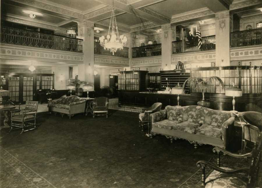 The lobby of the George Washington Hotel in the 1920's