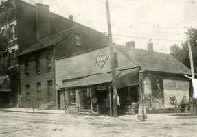 Northwest Corner of Main and Maiden Streets. Vocelli Pizza is now there.