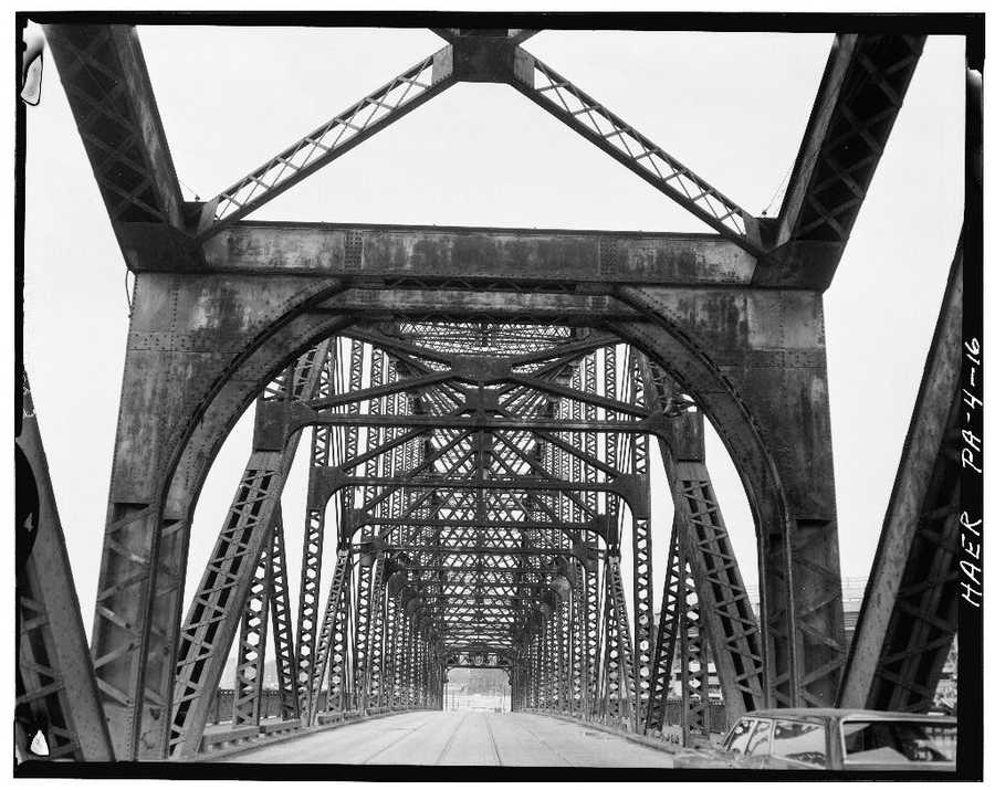 April 1970. View looking south on North Side Point Bridge, Spanning Allegheny River at Point of Pittsburgh