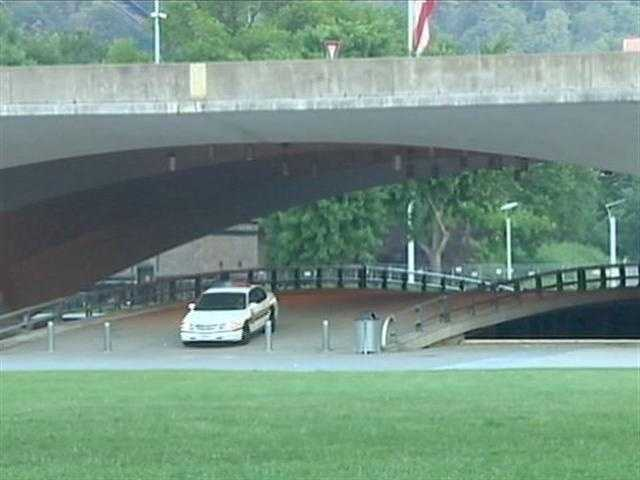 Pittsburgh police car in Point State Park