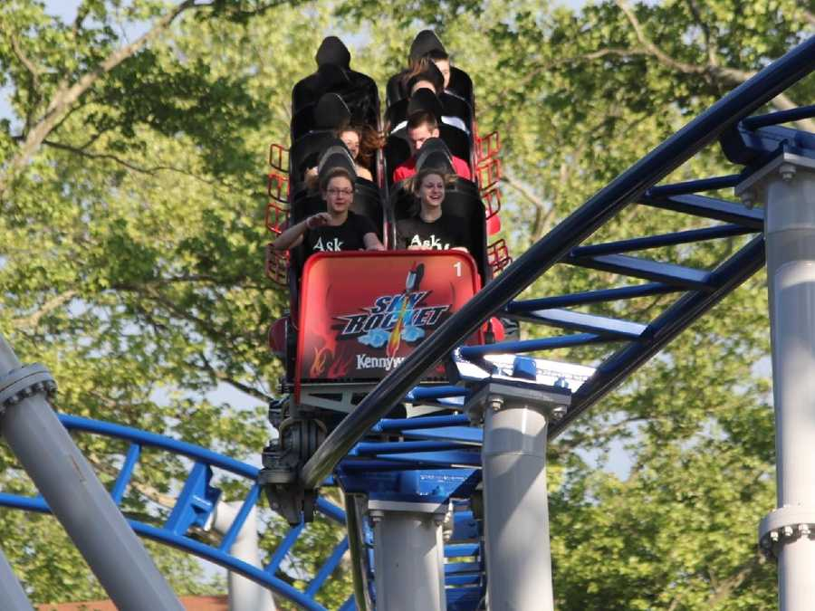 Fans of Kennywood are in debate as to whether the park should be allowed to sell alcohol. The park has applied for a liquor license.