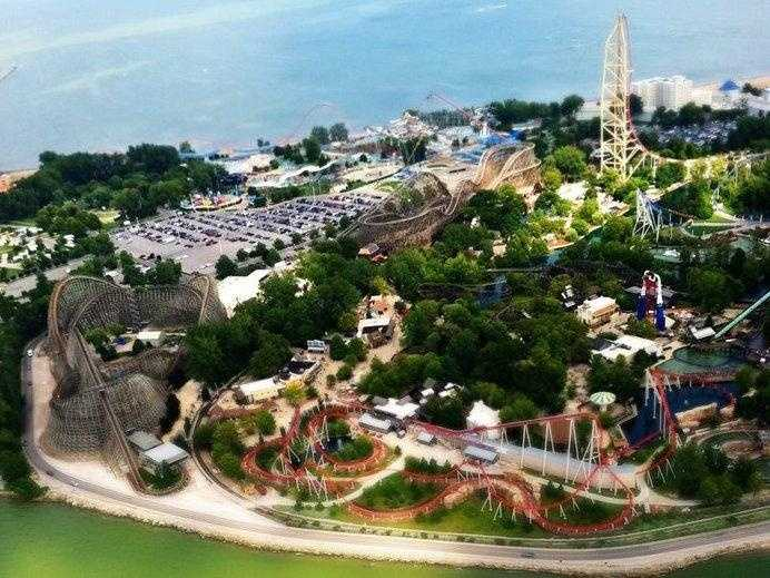 Cedar Point: Select restaurants sell alcohol. Guests are not permitted to bring any food or drink items into the park.