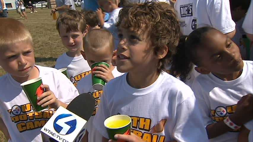 Steelers youth campers