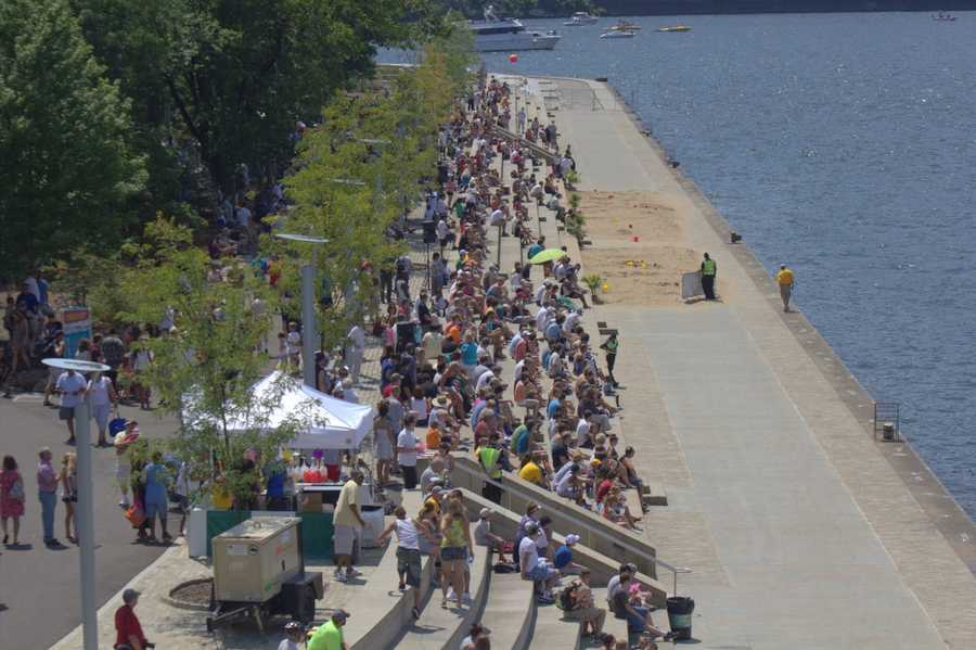 One of the biggest attractions is thepowerboatsraces. This crowd watches one of the first time trials that took place Sunday.