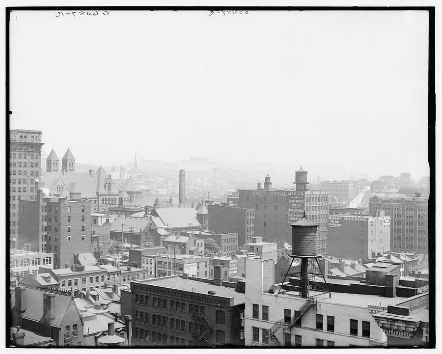 A look at the heart of Pittsburgh, Pennsylvania. This photo was taken sometime between 1900 and 1910.