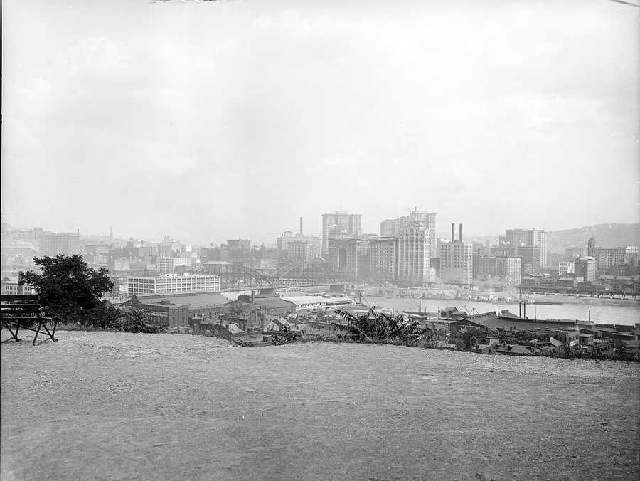 A wide view of Downtown Pittsburgh from what is present-day the North Side of the city. Until 1907, the Allegheny River seperated two distinct cities: Pittsburgh to the south and Allegheny to the North.