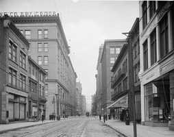 A look down Penn Avenue in downtown Pittsburgh sometime between 1910 and 1920.
