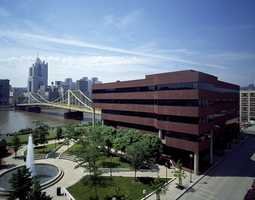 Looking across the Allegheny River toward the Sixth Street Bridge and Downtown Pittsburgh. This photo is from the 1990s.