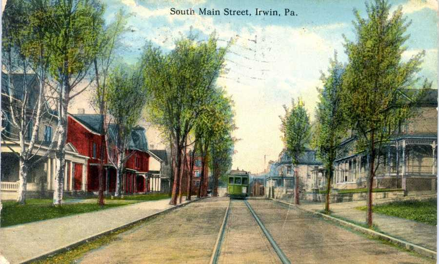 South Main Street in Irwin, looking north, between 5th and 6th Streets.