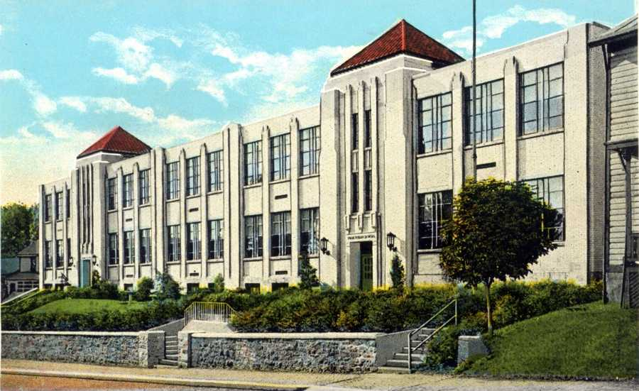 Irwin Public School on 6th Street in Irwin