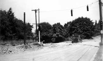 A car turns onto Cochran Road from Washington Road in the 1940s.