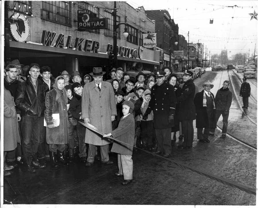A December 1950 photograph was taken at the Washington Road reopening ceremony.