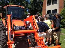 Brett Keisel arrived at Steelers training camp in a tractor.