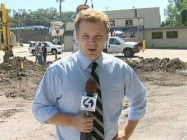 Bob Hazen gives a breaking news report.