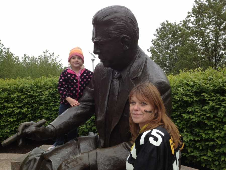 """Art Rooney, Sr. """"The Chief""""Founder/OwnerClass of 1964"""
